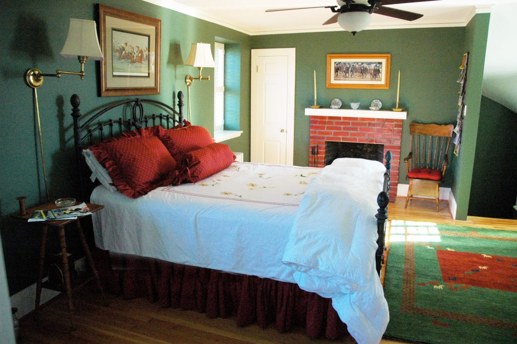 The 2nd floor master, features a queen bed and private bath.